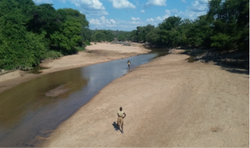 Figure 2. Above normal, but fast receding water level, Siachilaba River, Binga District, mid-May 2017.