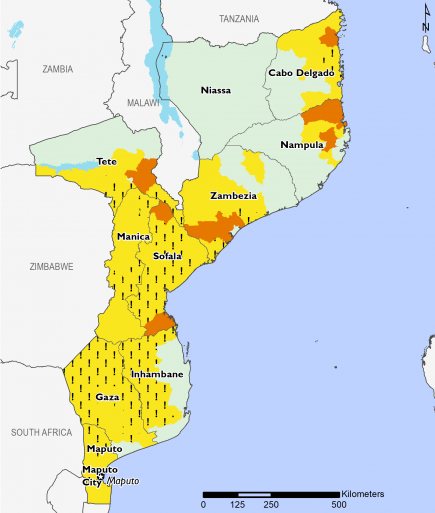 Map of Mozambique with most of the central and southern areas facing Stressed ! (IPC Phase 2!) outcomes. Crisis (IPC Phase 3) outcomes persist in parts of Sofala, Tete, Zampezia, Nampula, and Cabo Delgado.